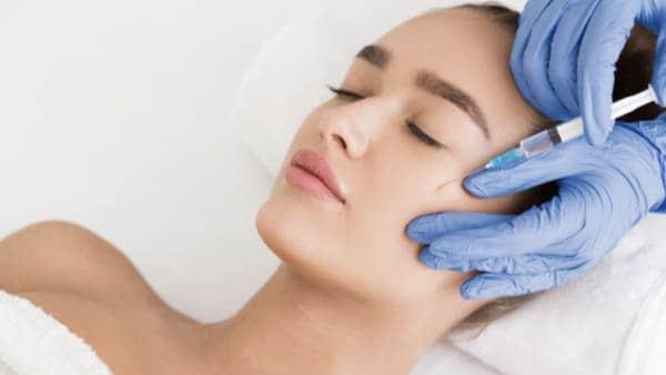 injection acide hyaluronique pommettes dr alexandre bouhanna chirurgien esthetique paris est vincennes
