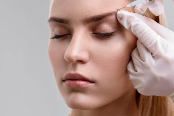 botox relever sourcils lifting sourcils tombant avant apres prix chirurgien esthetique paris vincennes docteur alexandre bouhanna avis